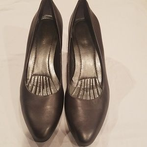 Nice gray heels